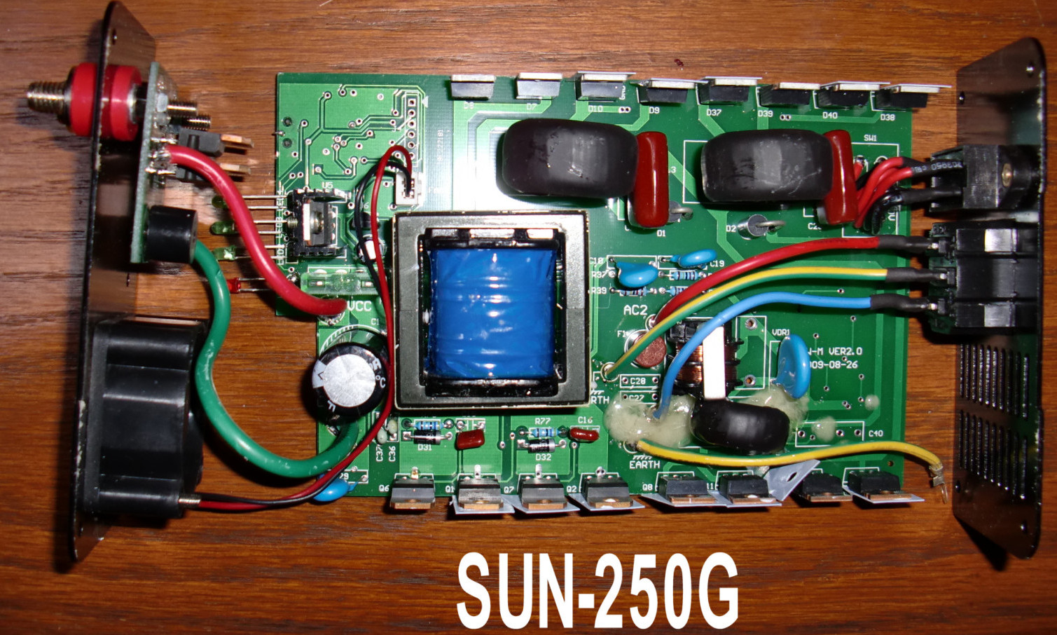 sun-250-top-board-closeup1.jpg